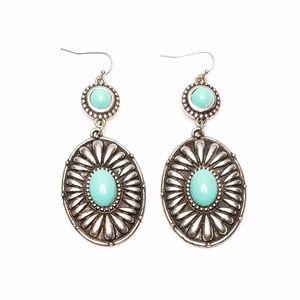 Jewelry - Blue Green Turquoise Gem Silver Southwest Earrings